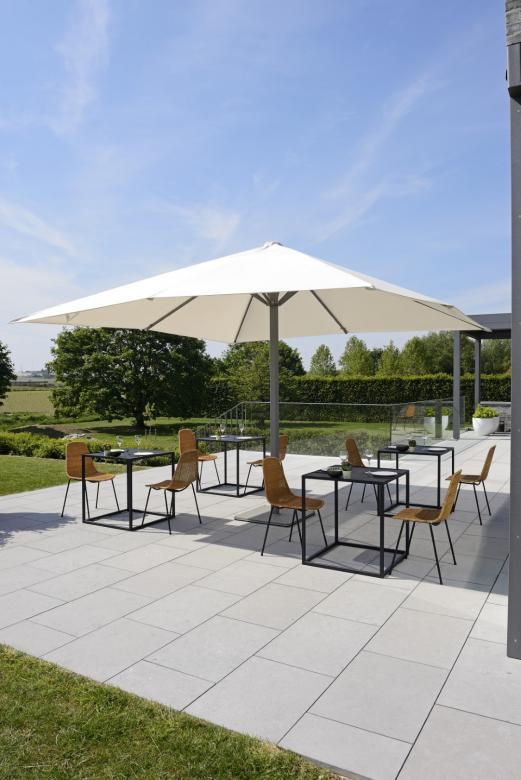parasol pour restaurant ou hotel en carré 4x4m aluminium