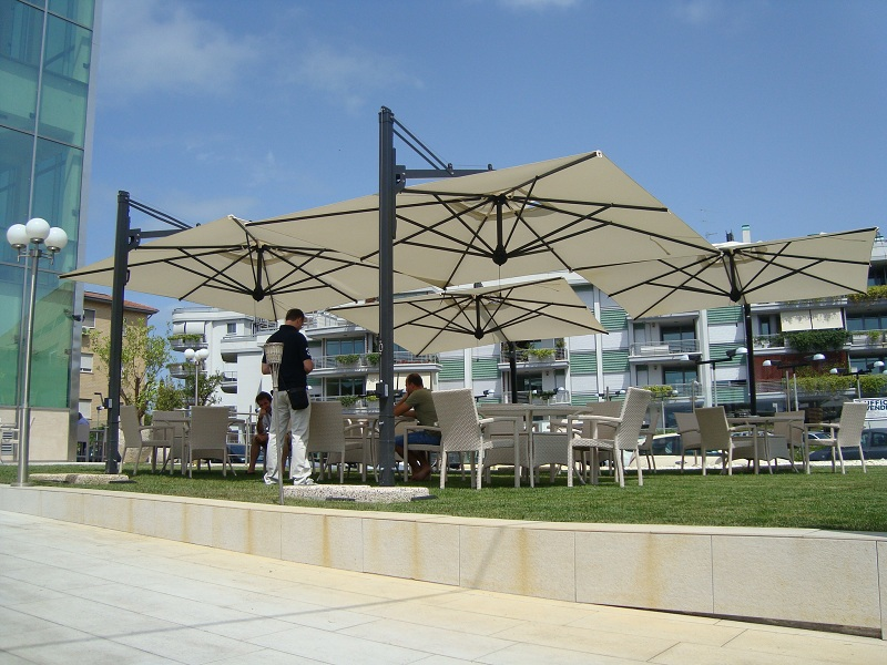 Cantilever square parasol 3x3m Galileo Dark SCOLARO