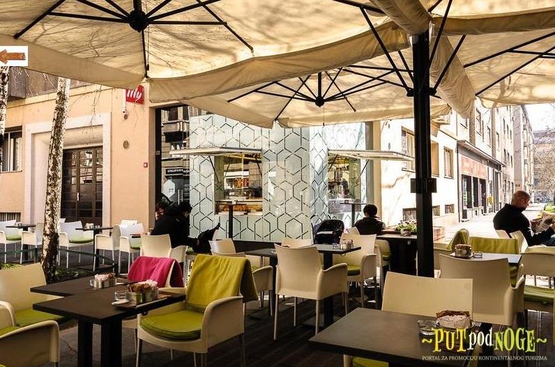 Large square offset umbrella 7x7m Alu Poker Scolaro SCOLARO