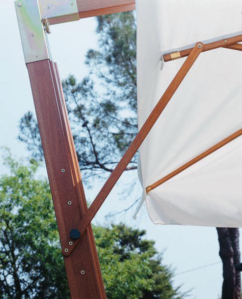 Quality cantilever parasol Palladio Braccio SCOLARO