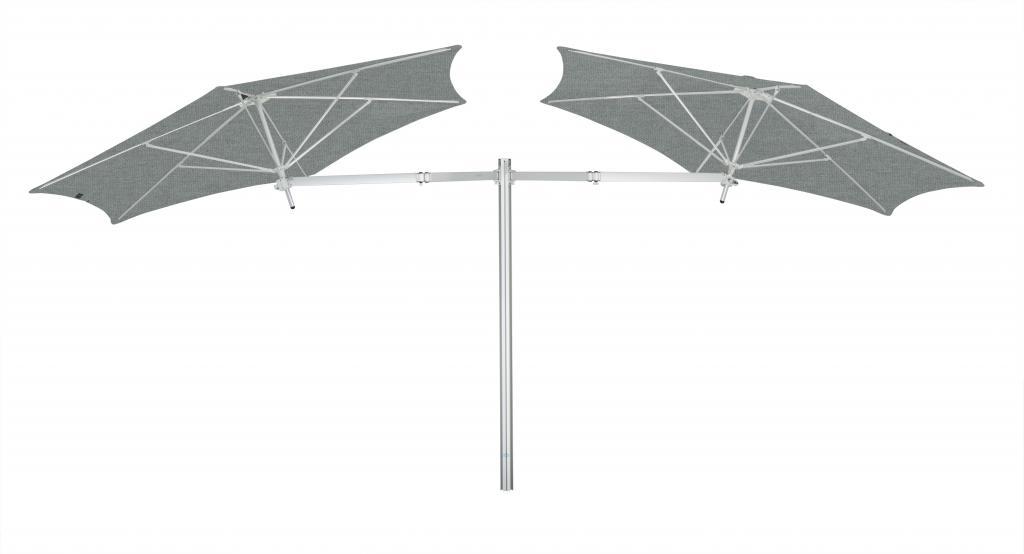 Parasol géant avec un mat Paraflex Evolution UMBROSA